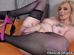 Busty chicas full strepers porno Kaylea needs getting off badly
