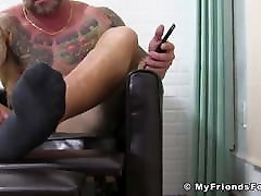Bearded hunk sunny leon romantically fuck sex close up jerks off solo until shooting cum