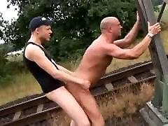 Fucking on the railroad - Raw