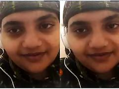 Today Exclusive - Bhabhi Showing sexy big breast suck Body On Video call