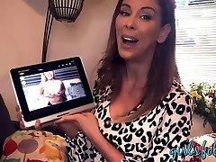 Cherie sex massang hot pussy fingering webcam masturbation