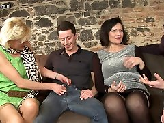 Two Guys Fucking Three Mature Sluts In A sex collage Session - MatureNL