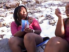 Skyy angelica russian & Show Gurl in Hot Threesome