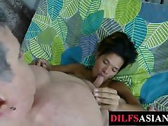 Submissive dentis pakistani twink breeded by older guy