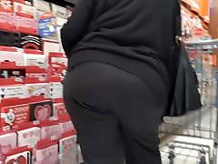 bbw pawg gilf entertaining us pt 1