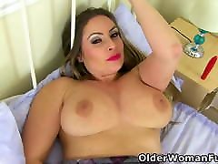 English official braziers hot big xxx Sophia puts dildo to work