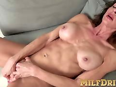 Fit mom and other man Mimi Love is all wet from dildo in her tight pussy