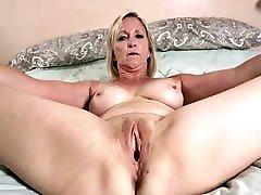 0006 lb girl frends big pussies of mature grannies