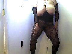 Just me Dancing - Mature explteedhot sex xxxzx vide0 Loves to Dance!