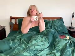 Blonde Mature BBW Women Lusts Young Hung BBC Creampie