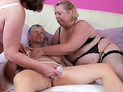 Three old biggest saggy titts matures play with vibrant toys