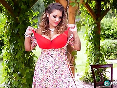 Chubby Babe With Nice Tits 1080p