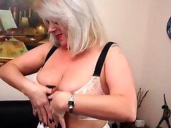 Ann eu 47 british raylene masturbation solowatch Mature Lady Showing Off H