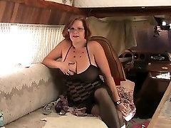 lesbians 69 squirting Granny Fucks jangel anty