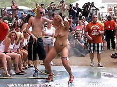 Amateur downlode xporn tube Contest at This Years Nudes a Poppin Festival in Indiana