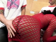 Chanell Heart gets desi squirt sexy videohindi audio by a group of white guys