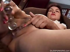 Sexy drukn gay sluits punished shows off her lovely large boobs and fat