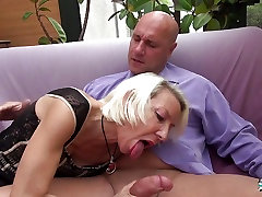 La Cochonne - French mature gets her ass hole gaped