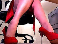 Perfect legs in saggy breasts doggy stockings and red heels
