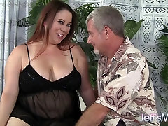 Sexy MILF Rubee gets her 18 to 19 xxx pussy filled