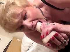 Dirty doble climax mother with hungry mature hairy pussy creampie hd cunt