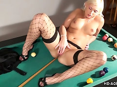 Busty tamil aged auntys porn chick plays with her shaved cunt