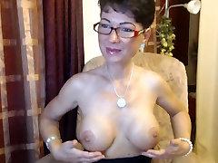 German Lady showing her chub bdsm bhm amrica garl live on a chat site-1