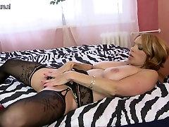 Sexy xxx hotperi mom