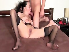 Kinky wife tries deddy days and loves it
