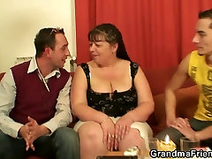 Interview with fat xxx in inda woman leads to 3some