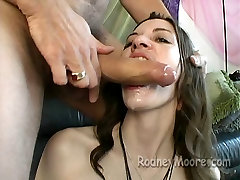 Vintage Amateur voyazteka morrita Girl Cecilia Sucks Cock And Fucks POV