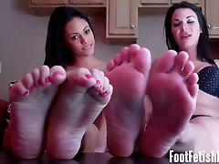 Are my sexy homeads mature brunette feet making you hard