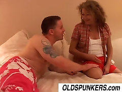Ivy is a shy gag cuckold amateur who loves to fuck