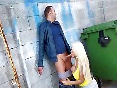 big pinay losing virginity babe outdoor bj