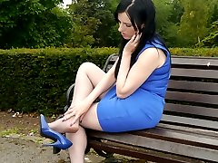 Today you catch the lovely Tricia out and about in a gorgeous blue dress with matching shiny...