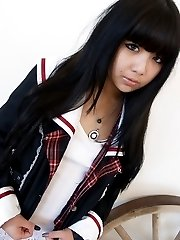 Cute california mixed asian girl juliette cosplay nudes