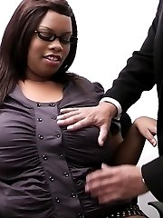 Mega cute black fattie gets boss to eat and fuck her holes right at the workplace