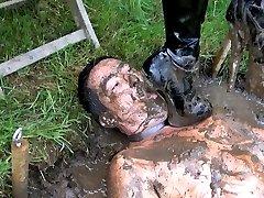 Mud Pit Pegging