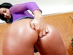 Awesome dark-haired babe Simone Peach fucking hard anally