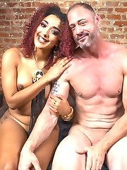 When slave D. Arclyte doesnt pay his weekly tribute to Goddess Daisy Ducati she decides to...