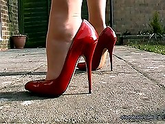 Listen in to Mel's private conversation with her toyboy who has a sexy fetish for ladies shoes. Tempting in the extreme her long legs fit snugly into her high heel shoes and the clack of her thin heel accentuates her sexy voice