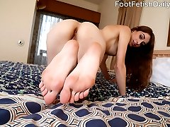 Willow is ready for a good hard fucking, but before that can happen, she has Kurt suck and worship her pretty feet and toes. She gives him a ball draining footjob before letting him fuck her pretty pussy, and cum all over her feet.