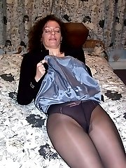 Candid photos of amateurs in pantyhose