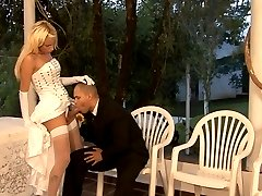 Heated dick-girl bride and her hubby find the best place for hot ass-fucking