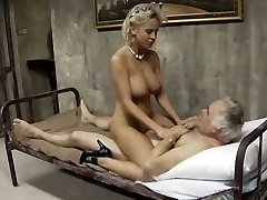 Sporty busty girl gets banged
