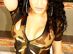 Adorable shemale KEIRA VERGA in military outfit getting naked
