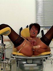 Horny vacuum pumping