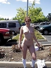 Very hot babe exposes her goods in public