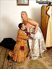 hot aged madam fucking her palace keeper