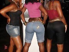 Naughty ebony girlfriends posing sexy on cam